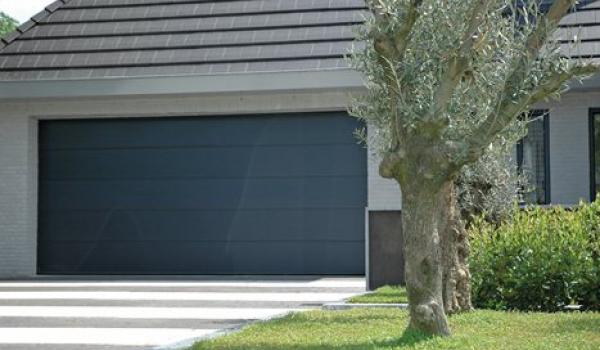 Les portes de garage Verano offrent un maximum de sécurité grâce au système antivol.